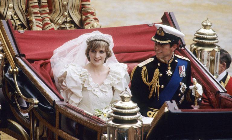 Los príncipes William y Harry visitarán un nuevo monumento a Lady Di