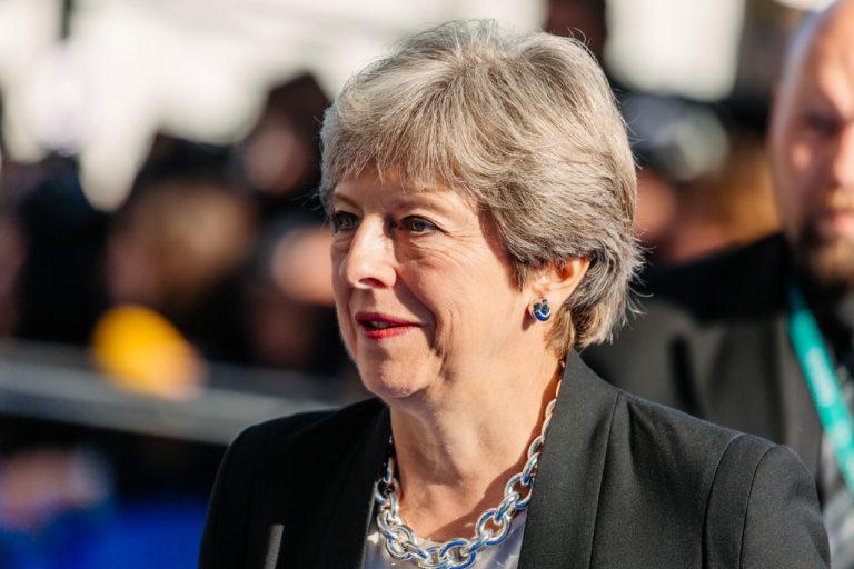 El Parlamento británico rechaza por tercera vez el plan de May