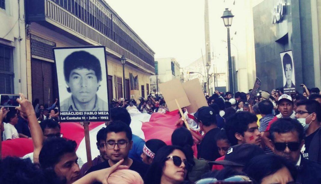 Protesta contra el indulto al expresidente Fujimori. Trome.pe