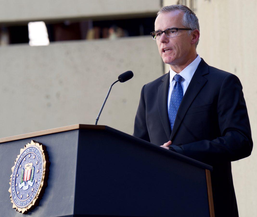 Andrew McCabe dimite como número dos del FBI. Imagen de archivo.