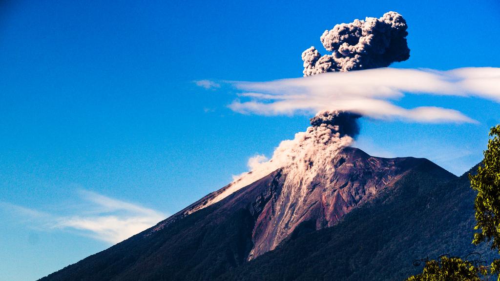 Volcán Fuego en Guatemala. Imagen de archivo.